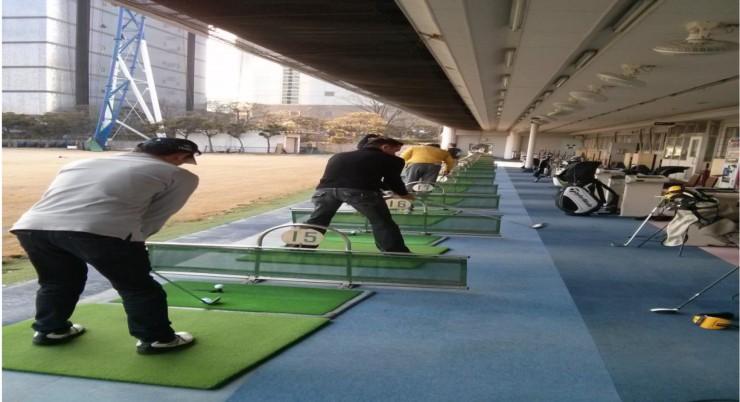 Tee-Off-AHT---Metro-Green-Toyocho-Golf-Club-Tokyo-2_09